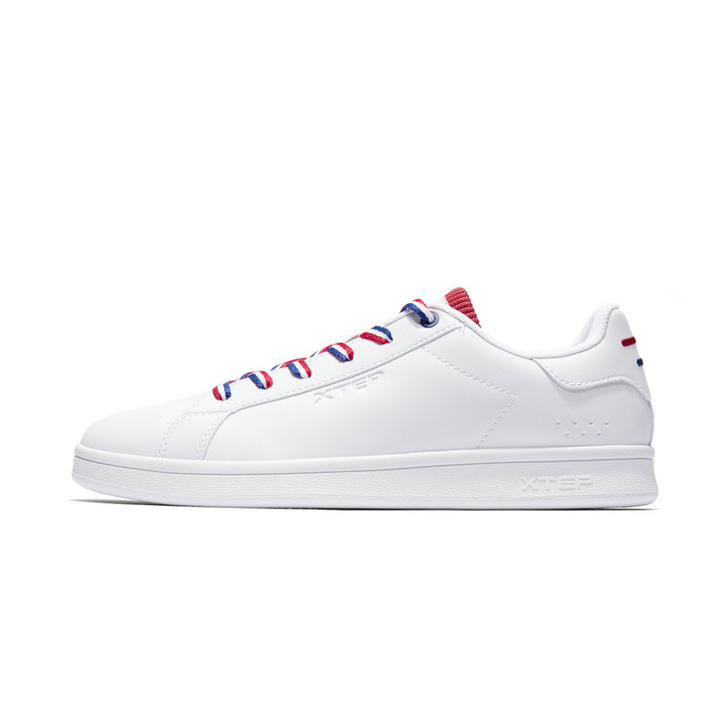 特步 专柜款 男子板鞋 2019春季新款时尚绑带革面小白鞋981119316039