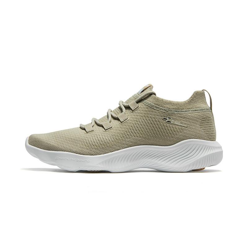 特步 男子跑鞋 2019春新款聚阵回弹轻质袜套减震运动鞋881119119056