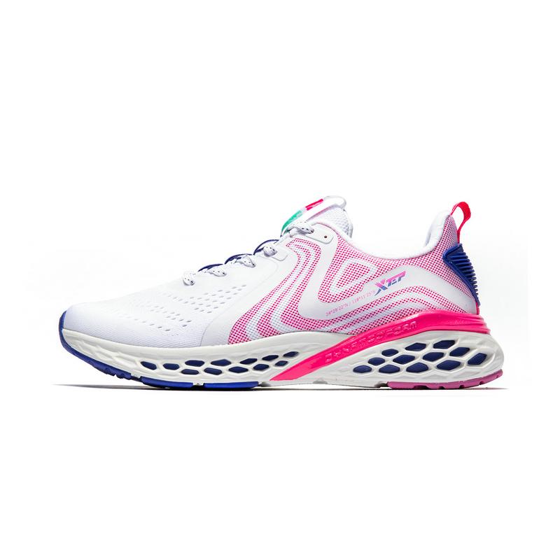特步 专柜款 女子动力巢运动鞋2019春季冬季新款轻便休闲跑鞋981118110178