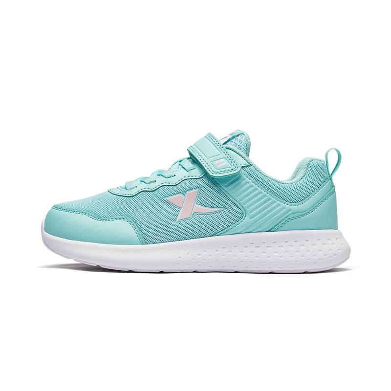 特步 女童跑鞋 19年春季新款休闲运动时尚跑步鞋681114119182