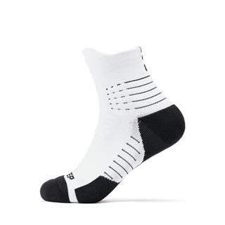 特步 男子篮球运动袜 简约舒适运动袜881139519063