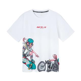 特步 男短袖针织衫 2019春夏新款插画系列变色龙青春滑板休闲短袖881129019476