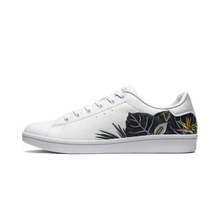 特步 专柜款 女子板鞋 19年夏季新款时尚刺绣休闲板鞋981218316177