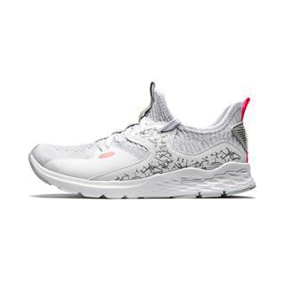 特步 专柜款 女子休闲鞋 网面透气舒适运动鞋981218320050