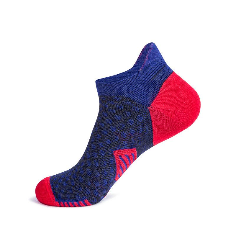 特步 专柜款 男子新款运动平板跑步短袜武汉马拉松短袜981339512747