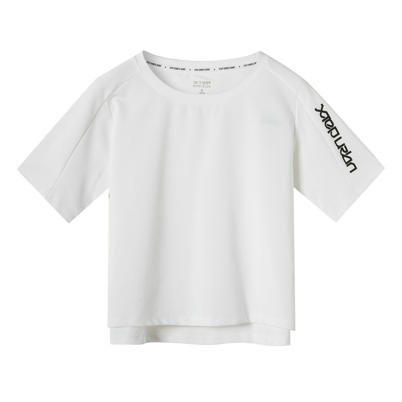 特步 专柜款 女子短袖针织衫 19夏新款时尚都市宽松短袖981228012642
