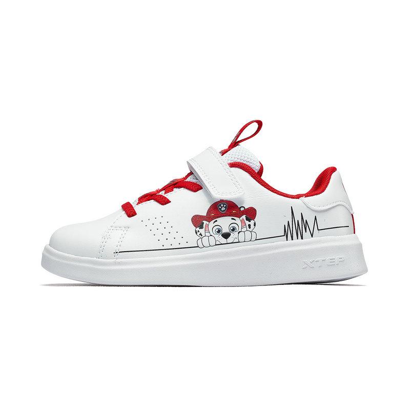 特步 儿童板鞋 19夏新款男女童卡通小白鞋681216319287