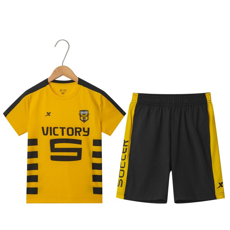 特步 男童足球比赛套装 夏季新款舒适透气运动时尚儿童套装681225399135