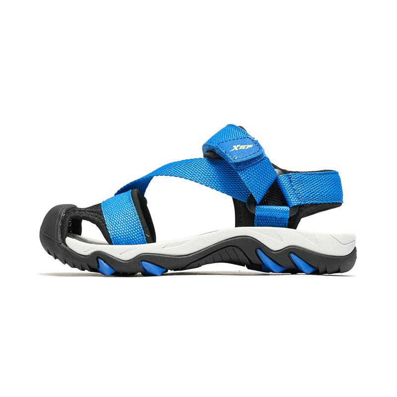 特步 男童沙滩鞋 19夏新款中大童儿童包头软底防滑鞋681215509250