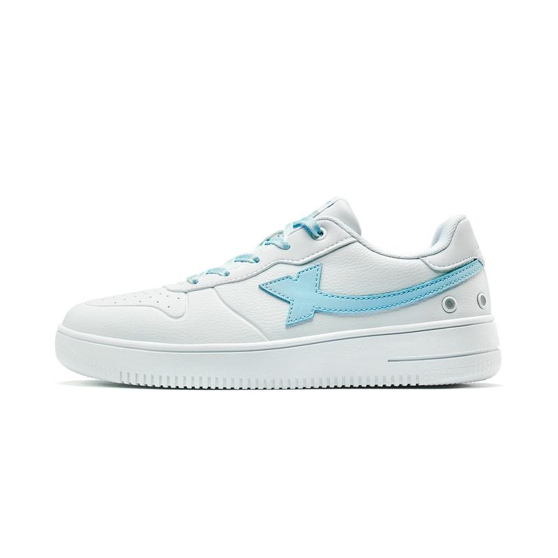 特步 女子板鞋 2019秋季新款休闲鞋运动小白鞋滑板鞋子881318319210