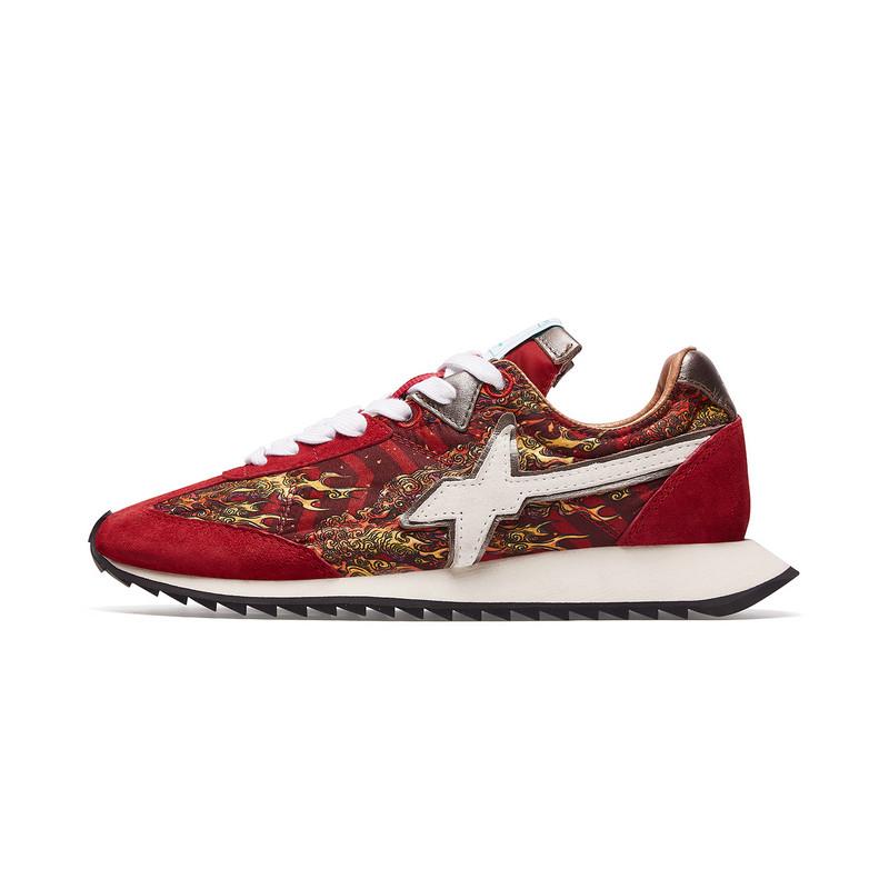 【XX系列】特步 专柜款 女子休闲鞋 W6YZ联名风火设计潮牌鞋981318320257