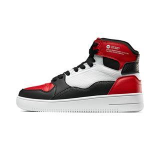 特步 女子板鞋 时尚革面系带高帮鞋881318319028