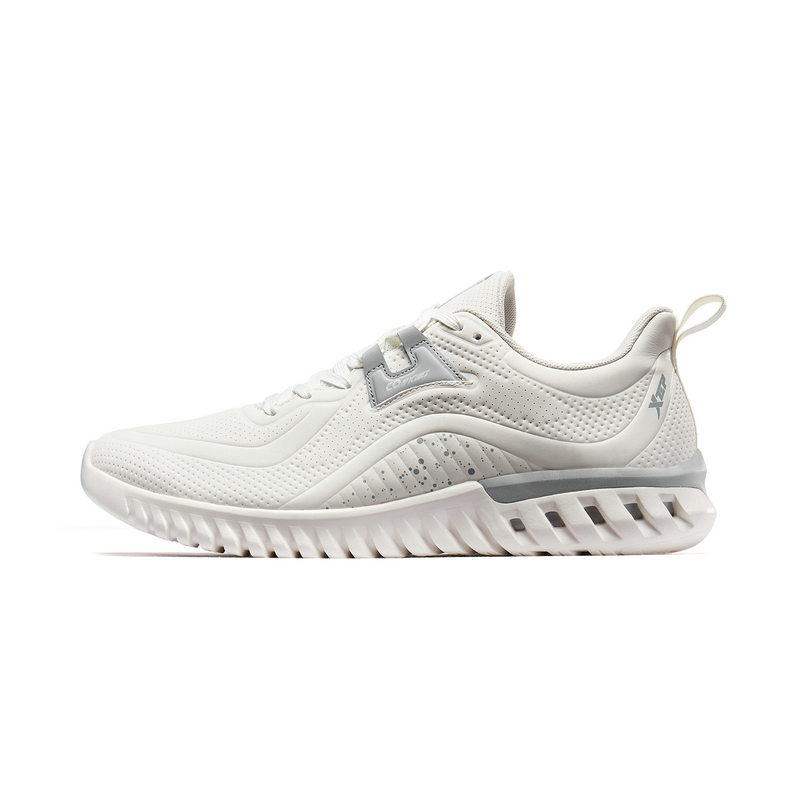特步 专柜款 男子跑鞋 19新款透气舒适运动鞋981319110323