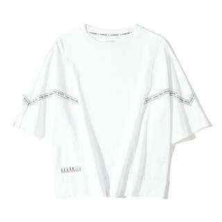 特步 专柜款 女子短袖针织衫 休闲时尚宽松短袖T恤981328010455