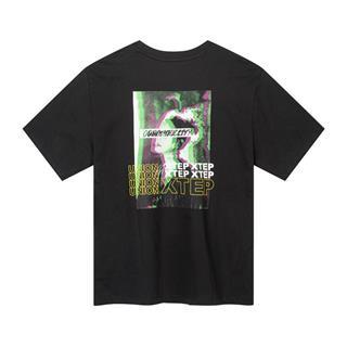 特步 专柜款 女子短袖针织衫 背后时尚印花T恤981228012596