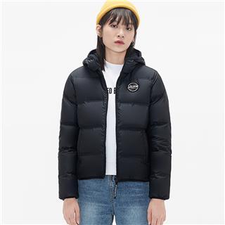 特步 女子羽绒服 时尚短款保暖连帽外套881428199132