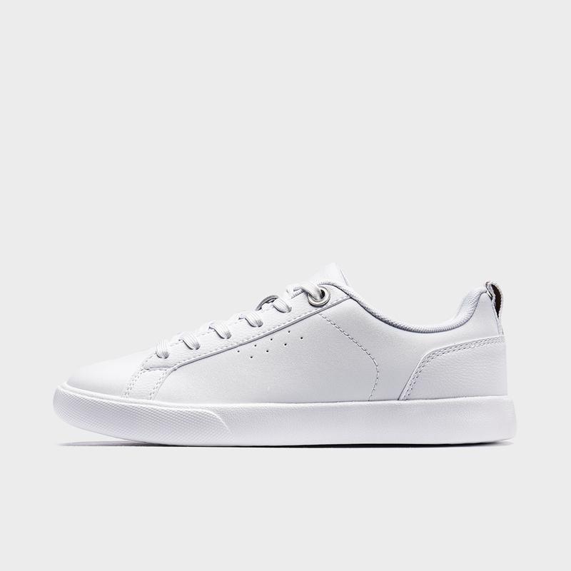 特步 专柜款 女子板鞋 19新款时尚简约百搭小白鞋981318316288