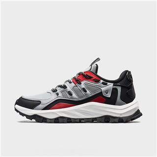 特步 专柜款 男子冬季防滑耐磨减震大底运动户外鞋981419171615