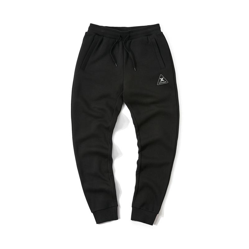 特步 专柜款 男子冬季都市休闲新款舒适保暖收口针织长裤981429630014
