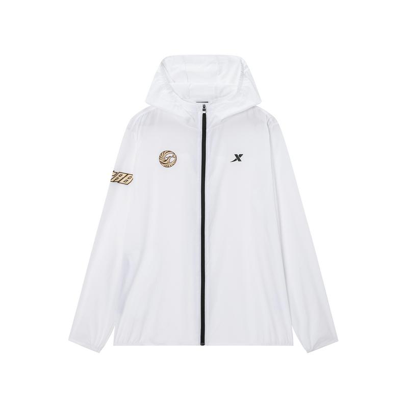 特步 专柜款 男子单风衣 沈阳马拉松纪念款跑步外套981329140594