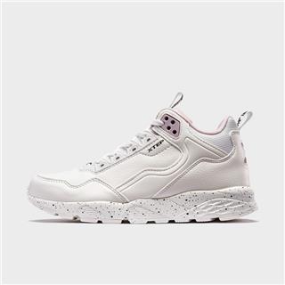 特步 专柜款 女子休闲鞋 2019秋冬新款运动鞋女跑鞋旅游鞋981418320193