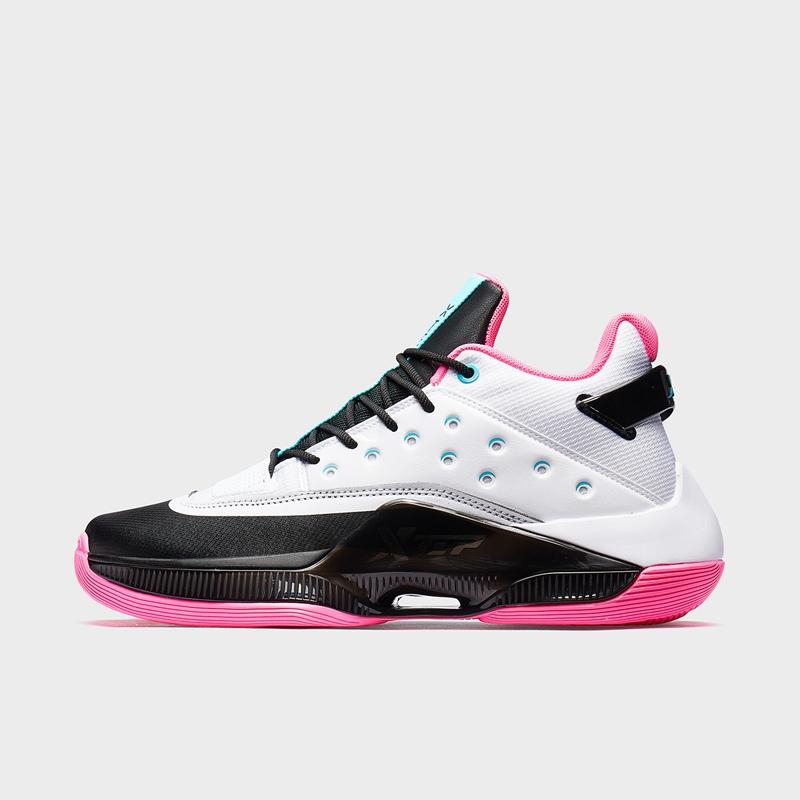 特步 专柜款 男子篮球鞋 19冬新款时尚耐磨中高帮运动鞋981419121257