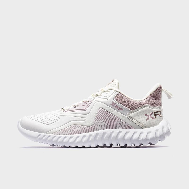 特步 专柜款 女子跑鞋 19新款革面轻便健身运动鞋981418110516