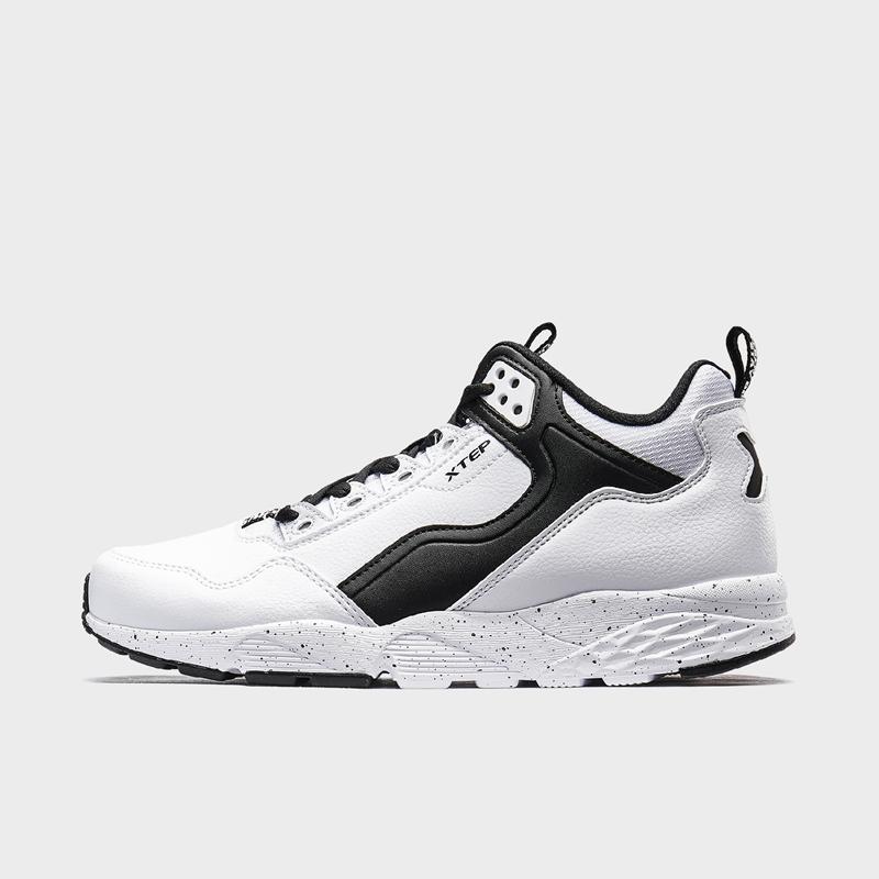 特步 专柜款 男子休闲鞋 19新款简约都市中高帮鞋981419320193