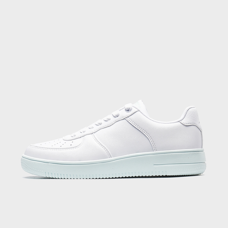 特步 女子板鞋 2020年春季新款休闲时尚百搭板鞋880118315156