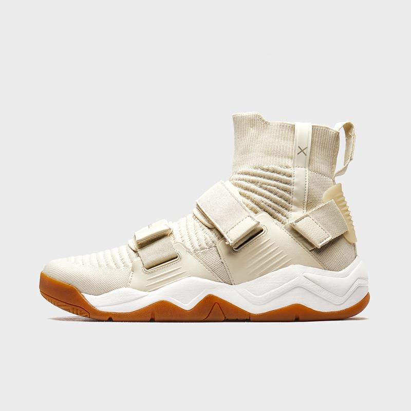 特步 男子篮球鞋 20年春新款时尚高帮街头运动鞋880119120125
