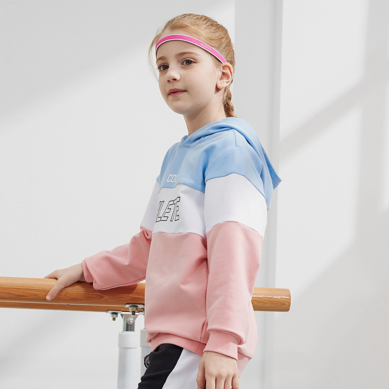 特步 男女童卫衣 20年春新款中大童儿童连帽撞色拼接套头衫680126089373