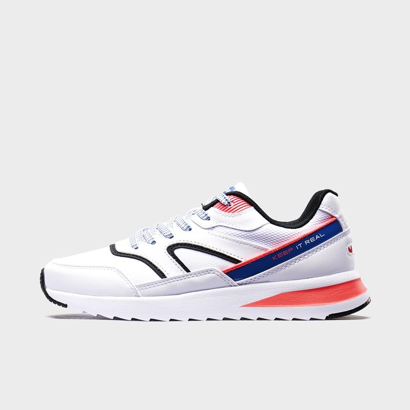 特步 专柜款 女子休闲鞋 20年春新款革面拼接运动鞋980118320287