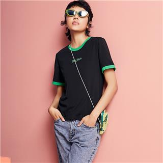 特步 女子短袖 20年新款休闲简约百搭舒适T恤880228010012