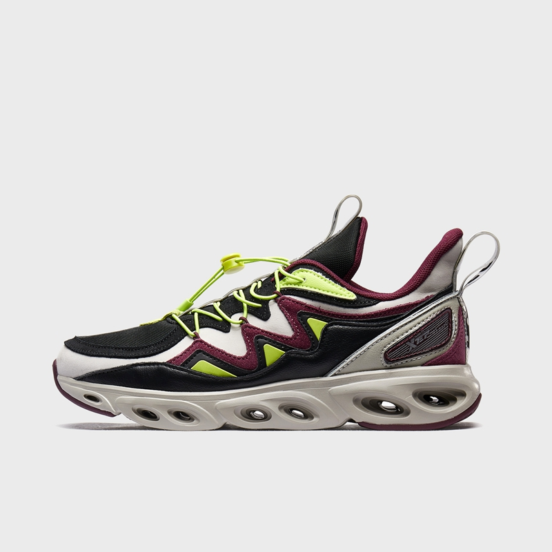 【流灵】特步 专柜款 男子跑鞋 荷兰屋联名系列减震旋科技运动鞋981419110005