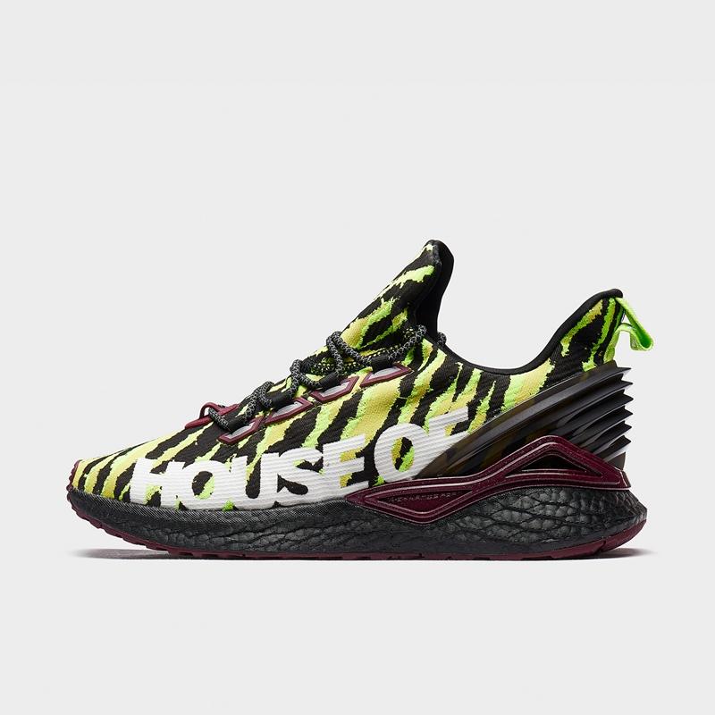 【流灵】特步 专柜款 男子跑鞋 荷兰屋联名系列动力巢科技迷彩运动鞋981419110006