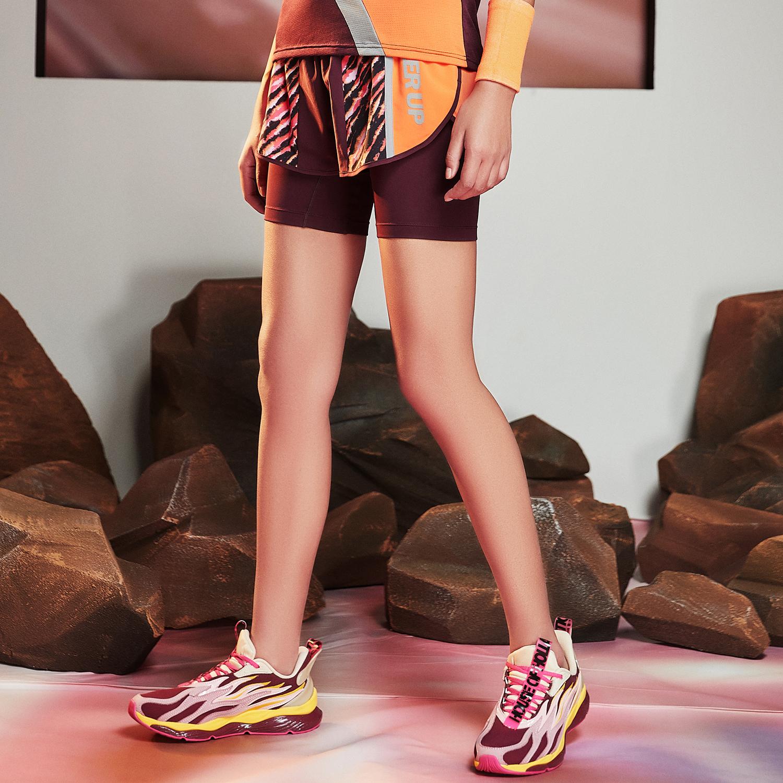 【流灵】特步 女子新款梭织运动裤紧身裤瑜伽裤跑步短裤880228670242