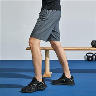特步 男子梭织运动短裤 夏季舒适透气时尚简约五分裤880229670053