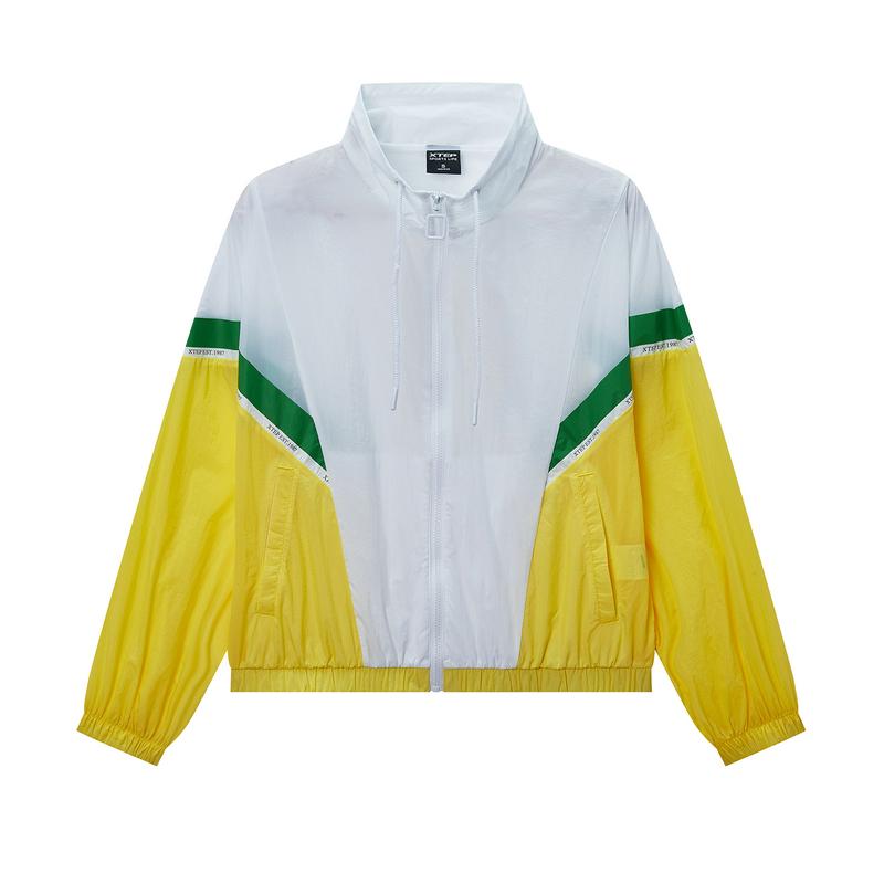 特步 专柜款 女子风衣 2020夏季新款单层外套休闲立领夹克980228140019