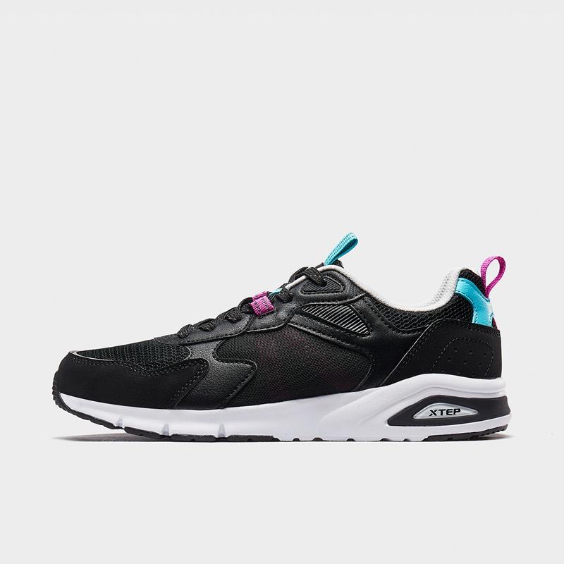 特步 专柜款 女子休闲鞋 20年夏新款网革拼接运动鞋980218320370