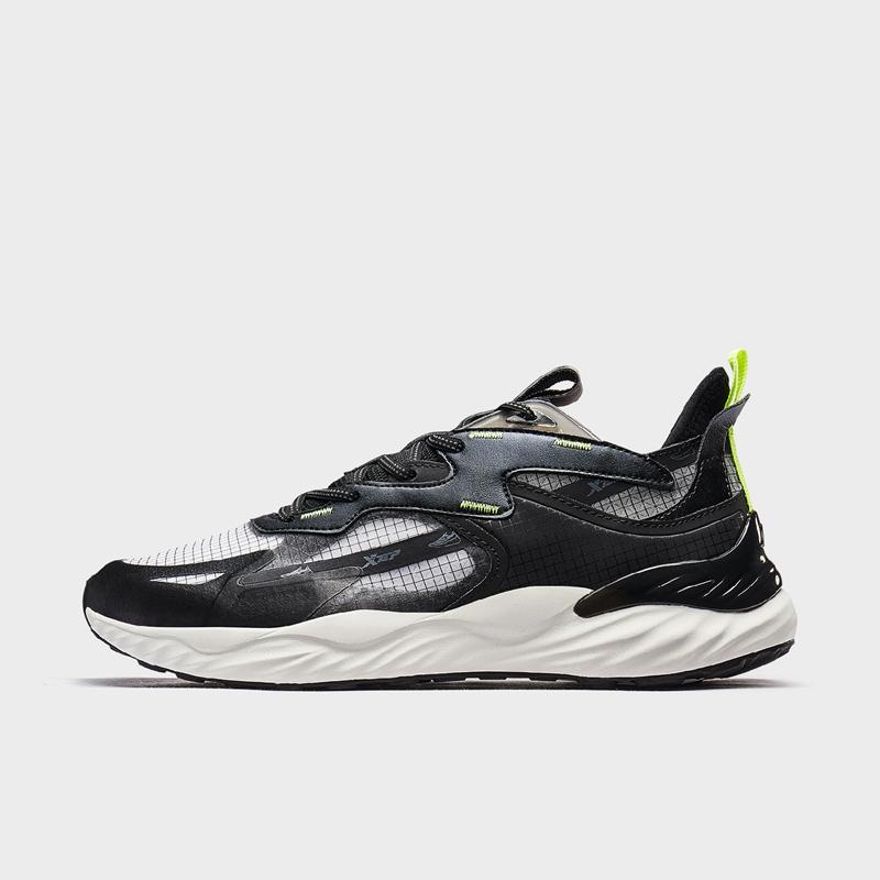 【氢云科技】特步 专柜款 男子跑鞋 新款网面减震运动鞋980219110770