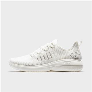 特步 专柜款 男子综训鞋 20年夏新款网面透气轻便运动鞋980219520828