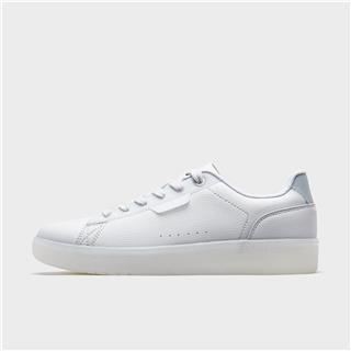 特步 女子板鞋 20年新款革面透气百搭小白鞋880218310062