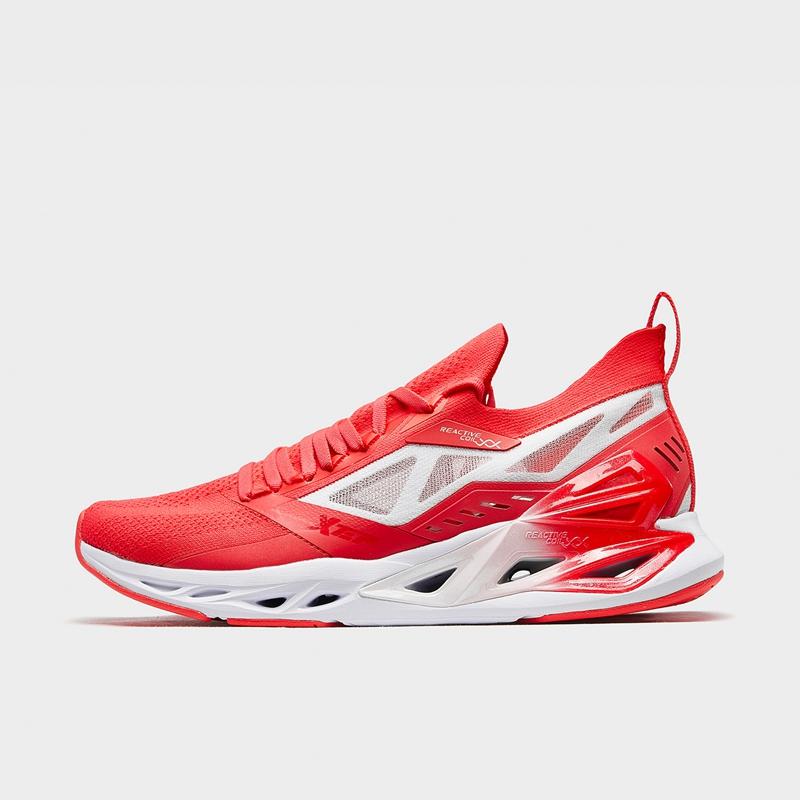 【减震旋科技7s】特步 男子跑鞋 新款网面减震透气运动鞋880219110126