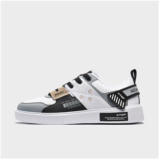特步 男子板鞋 都市潮流时尚轻便透气休闲板鞋880119315136