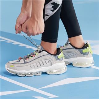 特步 男子跑鞋 新款气垫大底网面透气气垫跑鞋880219110103
