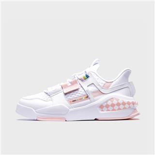 特步 女子板鞋 新款时尚百搭网面透气休闲板鞋880218310129