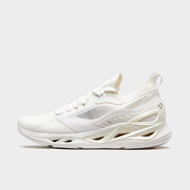 特步 专柜款 女子跑鞋 新款减震旋科技网面运动鞋980218110598