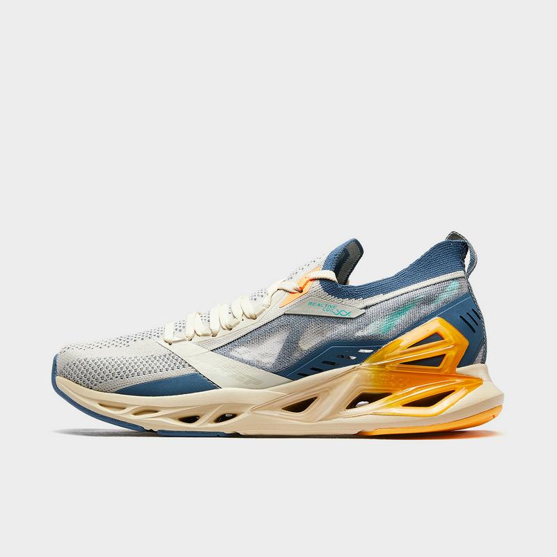 特步 专柜款 男子跑鞋 新款网面减震旋科技舒适运动鞋980219110767