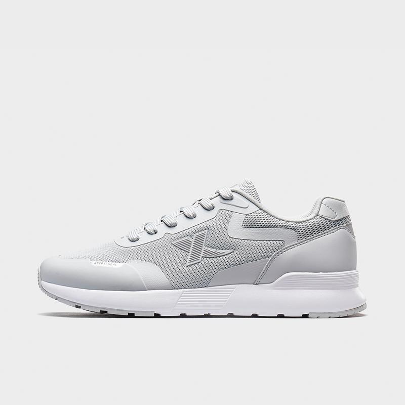 特步 专柜款 男子休闲鞋 新款轻便舒适运动鞋980219320375
