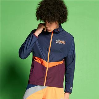 特步 专柜款 男子单风衣 20年新款环保科技可降解跑步外套980229140577